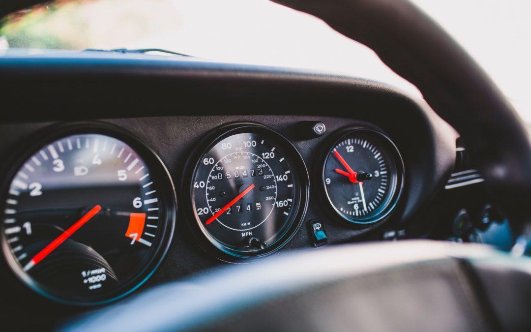 Les chroniques de Raoul : Compteurs de voiture trafiqués : comment les repérer ?